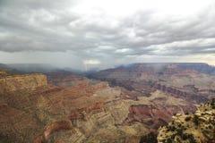 Ansicht an der Grand Canyon -Landschaft mit Gewitter Lizenzfreies Stockfoto