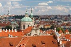 Ansicht der Kathedrale von Sankt Nikolaus in Mala Strana Prague Cze Stockfotos