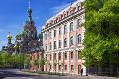 Ansicht der Kirche des Retters auf verschüttetem Blut in St Petersburg Stockfoto