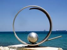 Ansicht der Kolonnade entlang dem Meer, Limassol, Zypern lizenzfreie stockfotos