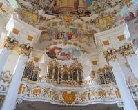 Ansicht der Kunst auf dem Innenraum der Pilgerfahrt-Kirche von Wies in Steingaden, Weilheim-Schongaubezirk, Bayern, Deutschland Stockbild