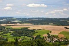 Ansicht der Landschaft vom Schloss Trosky Lizenzfreies Stockfoto
