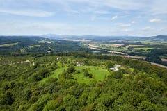 Ansicht der Landschaft vom Schloss Trosky Stockfotografie