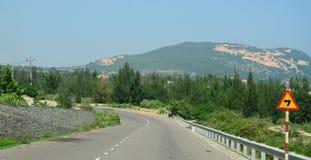 Ansicht der Landstraße von Nha Trang zu Dalat Stockfotos