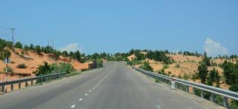 Ansicht der Landstraße von Nha Trang zu Dalat Lizenzfreie Stockfotografie