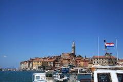 Ansicht der Mittelmeerstadt Rovinj, Kroatien Stockfotos
