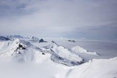 Ansicht der Oberteile (Alpen, die Schweiz) Lizenzfreie Stockfotos