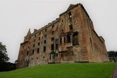 Ansicht der Ostseite historischen Linlithgow-Palastes Stockfotos