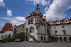 Ansicht der Pruhonice-Schloss-Tschechischen Republik lizenzfreie stockfotos