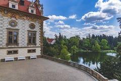 Ansicht der Pruhonice-Schloss-Tschechischen Republik stockfotografie