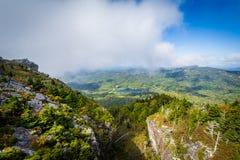 Ansicht der schroffen Landschaft des großväterlichen Berges, nahe Linvi lizenzfreies stockbild