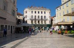 Ansicht der Spalte, Stadtzentrum, adriatisches Meer, in Dalmatien, Kroatien Lizenzfreie Stockfotos