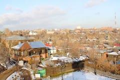 Ansicht der Stadt an einem Falltag Stockbilder