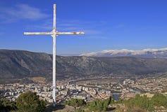 Ansicht der Stadt Mostar von Hügel Summen Stockbild