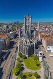 Ansicht der Stadt und der Kirche von Sankt Nikolaus Lizenzfreies Stockfoto