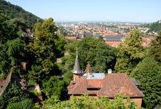Ansicht der Stadt vom Südeingang des alten Heidelberg-Schlosses in Deutschland Stockfotos
