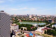 Ansicht der Stadt von Krasnodar stockbild