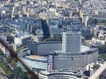 Ansicht der Stadt von Paris von der Höhe des Eiffelturms stockfotografie