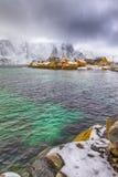 Ansicht der szenischen Lofoten-Insel-Archipel-Frühlings-Landschaft lizenzfreies stockbild