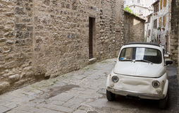 Ansicht der toskanischen Gasse stockbilder