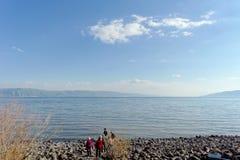 Ansicht der Ufer des Meeres von Galiläa nahe dem Capernaum Stockfotos