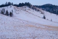 Ansicht der Winterberge vom höchsten tschechischen Berg - Snezka Stockfotografie