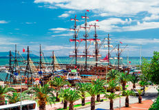 Ansicht des Alanya-Kreuzfahrt-Hafens Stockbilder