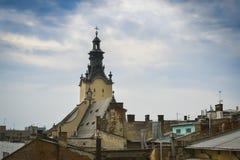 Ansicht des alten Lembergs vom Dach Lizenzfreie Stockbilder