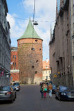 Ansicht des alten Pulver-Turms vom Straße Valnu-iela riga Lizenzfreies Stockfoto