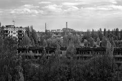 Ansicht des Atomkraftwerks Tschornobyls von Pripyat-Stadt Lizenzfreies Stockfoto