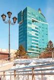 Ansicht des Bürogebäudes des OJSC Samaraneftegaz - Einheit von Lizenzfreies Stockfoto