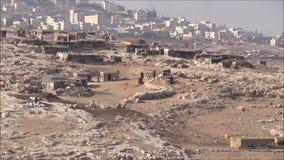Ansicht des beduinischen Dorfs stock video