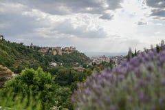 Ansicht des berühmten Alhambra-Palastes in Granada von Sacromonte qu Stockbilder