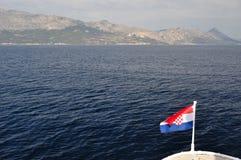 Ansicht des Berges Biokovo vom Meer Stockfoto