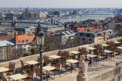 Ansicht des Cafés in Fischer ` s Bastion in Budapest Stockbild
