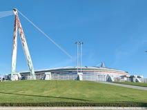 Ansicht des die Allianz-Stadions, das Juventus-Ausgangsfeld stockfotografie
