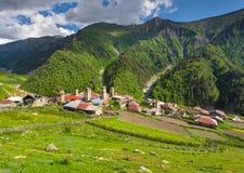 Ansicht des Dorfs Adishi Lizenzfreie Stockbilder