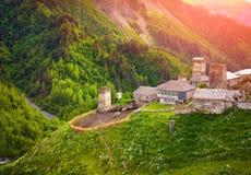 Ansicht des Dorfs Adishi Oberes Svaneti, Georgia, Europa Cauc Stockfotos