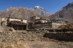 Ansicht des Dorfs Purang um Muktinath Stockfoto