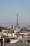 Ansicht des Eiffelturms von der Spitze der Mitte Georges Pompidou Paris, Frankreich Lizenzfreie Stockbilder