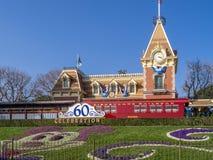 Ansicht des Eingangs zum Disneyland-Park lizenzfreies stockfoto