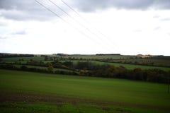 Ansicht des endlosen Himmels und des Grases stockfoto