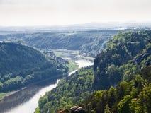 Ansicht des Flusses Elbe, Sachsen, Deutschland Stockfotos
