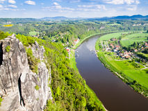 Ansicht des Flusses Elbe, Sachsen, Deutschland Lizenzfreie Stockfotografie