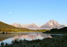 Ansicht des frühen Morgens in das großartige Tetons Lizenzfreie Stockbilder