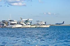 Ansicht des Hafens und des internationalen Flughafens Logans in Boston, USA Lizenzfreies Stockfoto