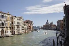 Ansicht des Kanals groß von Accademia-Brücke Lizenzfreie Stockbilder