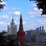 Ansicht des Kremls und des Moskau-Flusses Lizenzfreie Stockfotografie