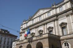 Ansicht des La Scala-Opernhauses stockfotos