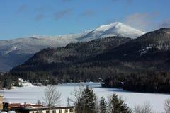 Ansicht des Lake Placid und des Whiteface-Berges im Adirondacks Lizenzfreies Stockbild